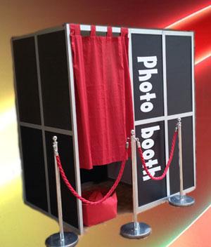 how much does it cost to hire a photo booth