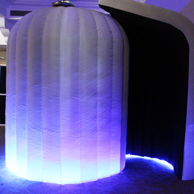 white-led-booth